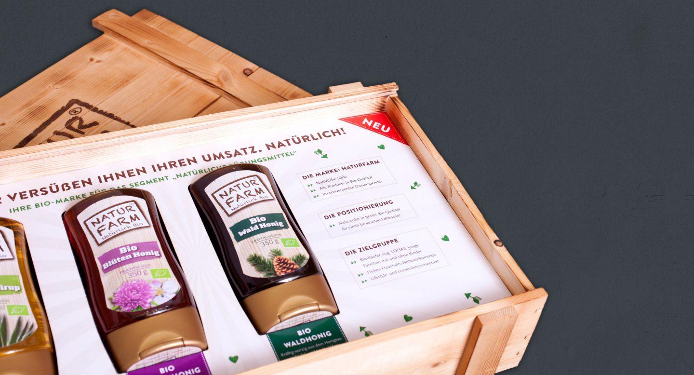 Steffen und Bach Projekte - Naturfarm Verpackung innen