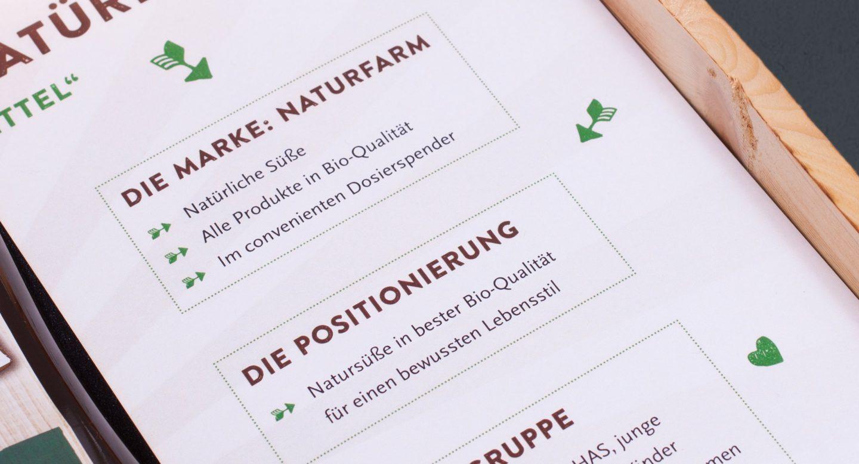 Steffen und Bach Projekte - Naturfarm Verpackung Detail