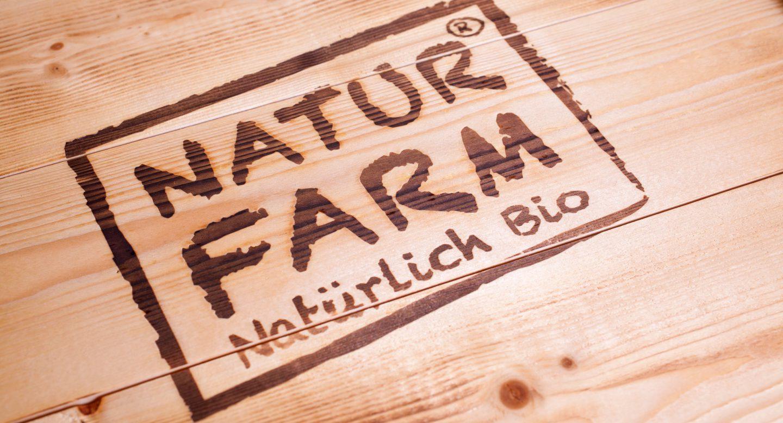 Steffen und Bach Projekte - Naturfarm Verpackung